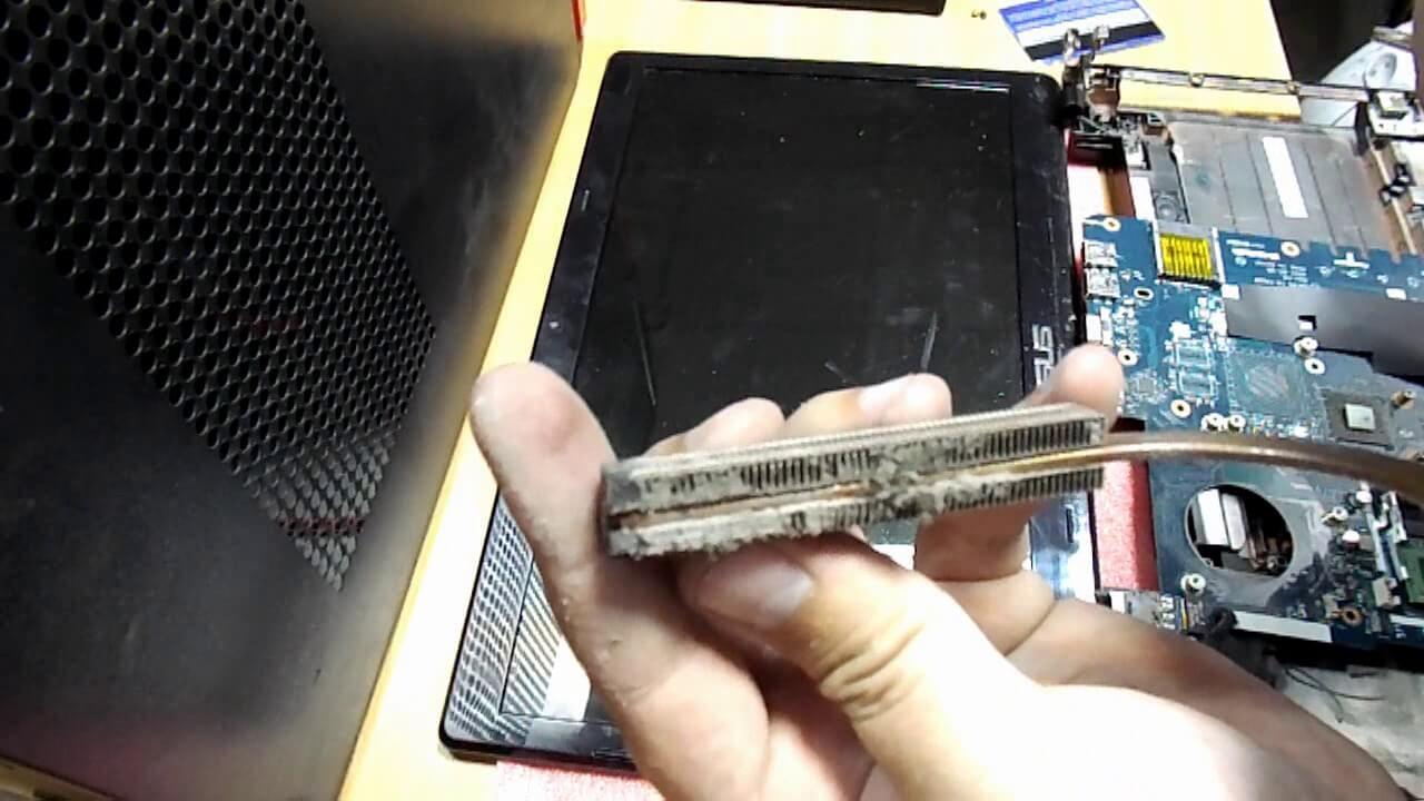 Сколько стоит ремонт петель ноутбука?