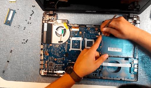 При ремонте ноутбука и замене комплектующих, мы всегда предлагаем варианты обновления и модернизации комплектующих. Это позволит существенно ускорить работу ноутбука после ремонта
